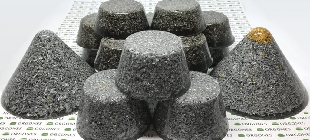 Previous version of the 17 piece orgonite bundle deal